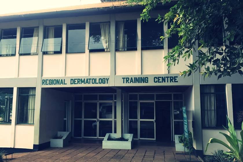 Mi experiencia en Moshi (Tanzania): invitados al Congreso Africano de Dermatología