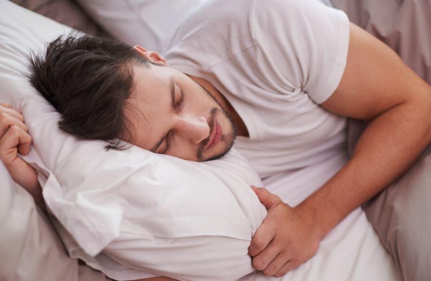 Dormir y piel: ¿cómo afectan las alteraciones del sueño?